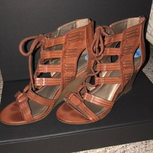 Rampage brown leather wedge sandals